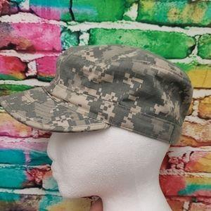 EUC pixelated camouflage cap 6 7/8